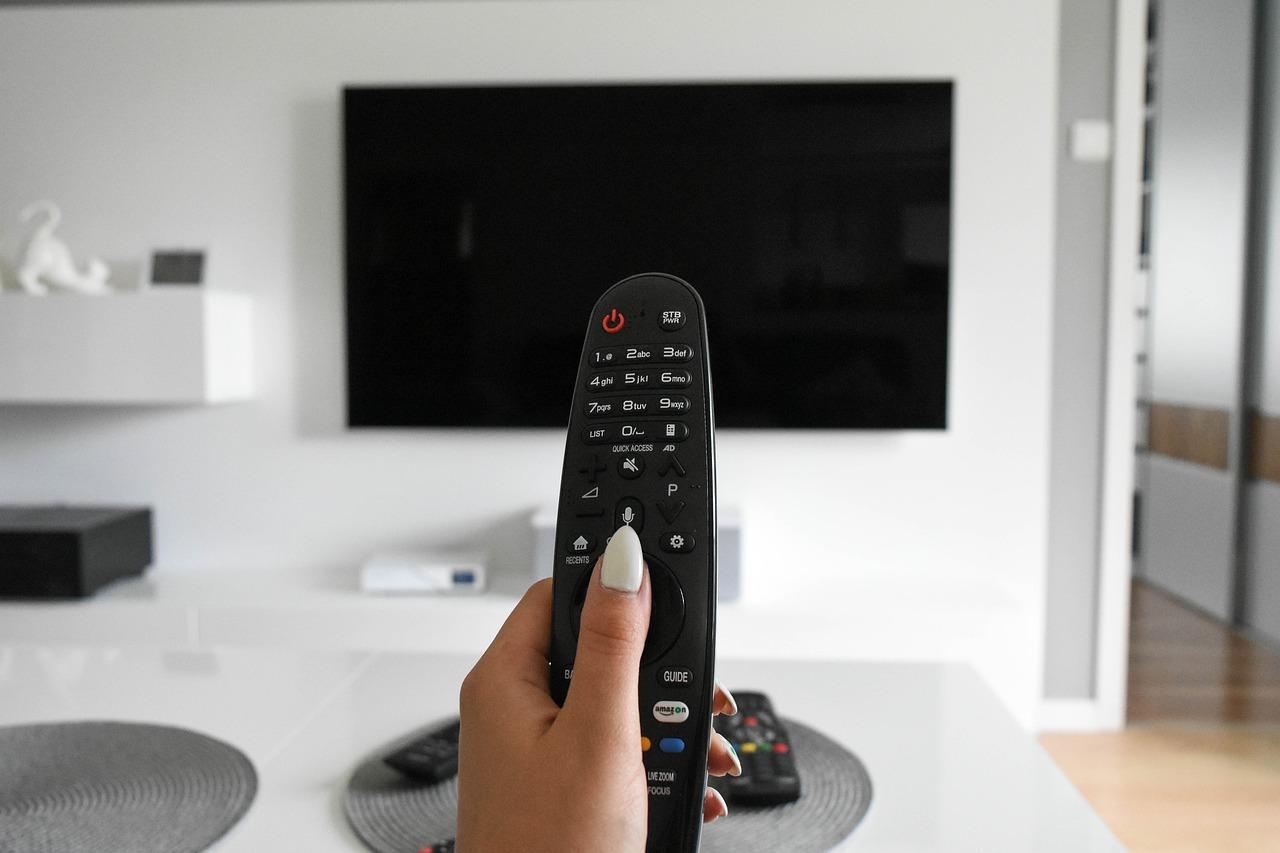 tv moderno 4k