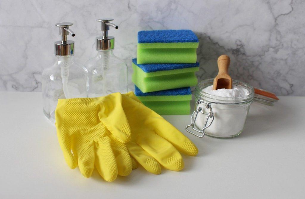 pulizia con bicarbonato