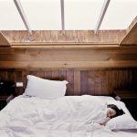 dormire con torcicollo