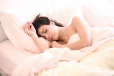 dormire sul letto